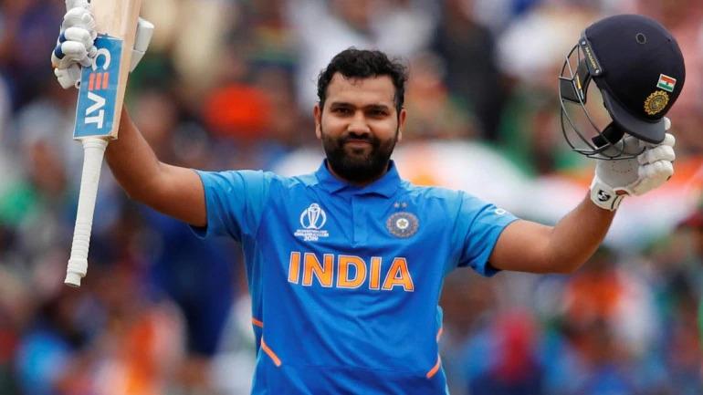 Watch: Rohit Sharma plays indoor cricket with daughter Samaira during Janata Curfew